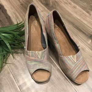 TOMS rainbow wedges